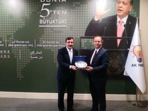 Afrim Gashi takon Sekretarin për Marrëdhënie me Jashtë të AK Partisë, z. Xhevdet Jëllmaz