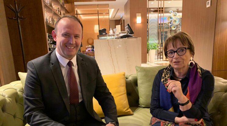 Kryetari i Alternativa-s, Afrim Gashi takohet me kryetaren e Asociacionit të Grave të Partive Popullore Europiane, znj. Doris Pak