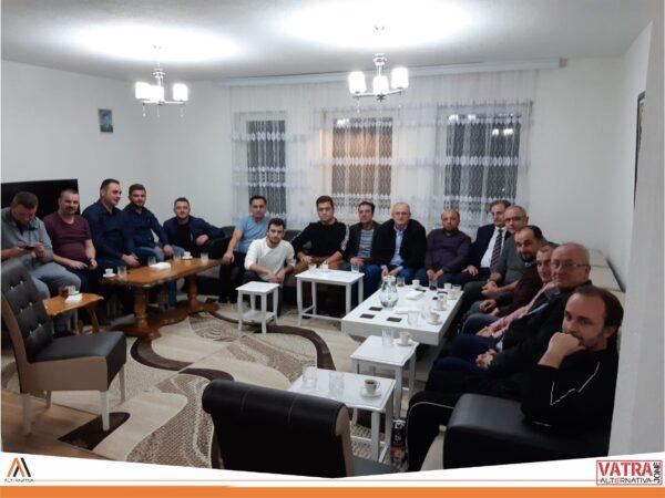 """""""Vatra jonë"""" e Alternativës sonte realizoi takim me banorët e lagjes """"Teteks 2"""" të Tetovës"""