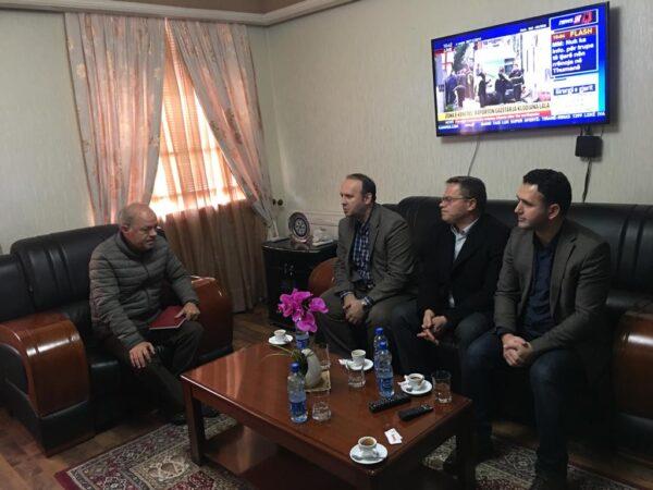 Afrim Gashi takohet me prefektet e Durrësit, Gjirokastrës dhe Korçës