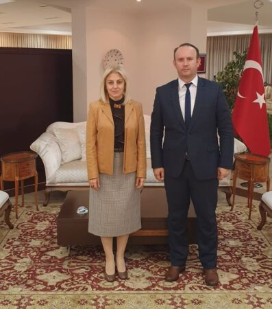 Afrim Gashi takohet me ambasadoren turke në Shkup, znj.Tulin Erkal Kara