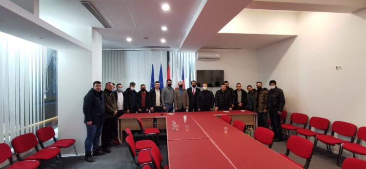 Futbollisti i njohur Ertan Demiri u zgjodh kryetar i ri i degës Saraj të Alternativës